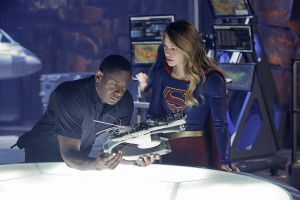 Supergirl Season 2 Renewal – CW Episode Order Revealed